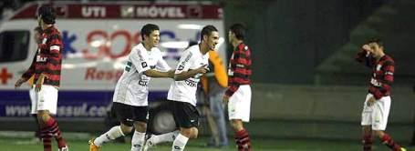 Rodrigo Mancha celebrates Coritiba's goal