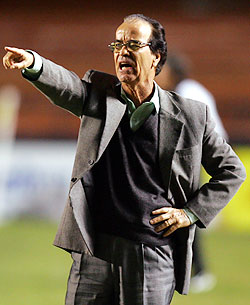 Staying alive? Life's going nowhere for Antônio Lopes