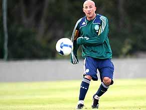 Can Alex Mineiro lead Palmeiras to the top?