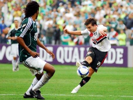 Dagoberto scores vs Palmeiras
