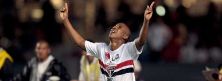 Borges on target for São Paulo