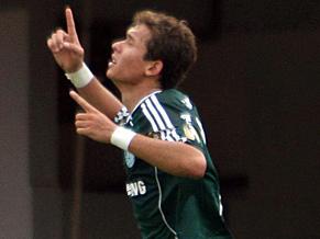 K9 strikes for Palmeiras