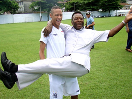 Neymar and Pelé. They may have the same haircuts but do they really share the same ability?
