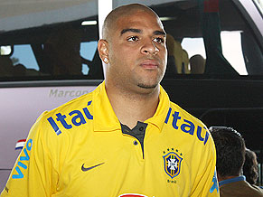 Adriano: They call me mellow yellow