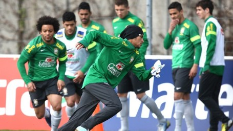 Neymar (centre) training with Brazil