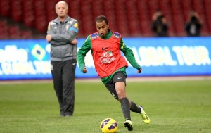 Lucas Moura in training with Brazil